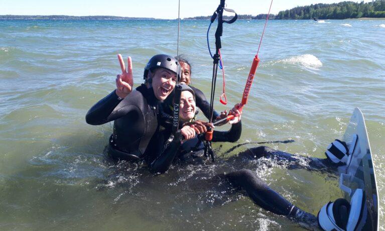 Prova vattenstarter i kitesurfing