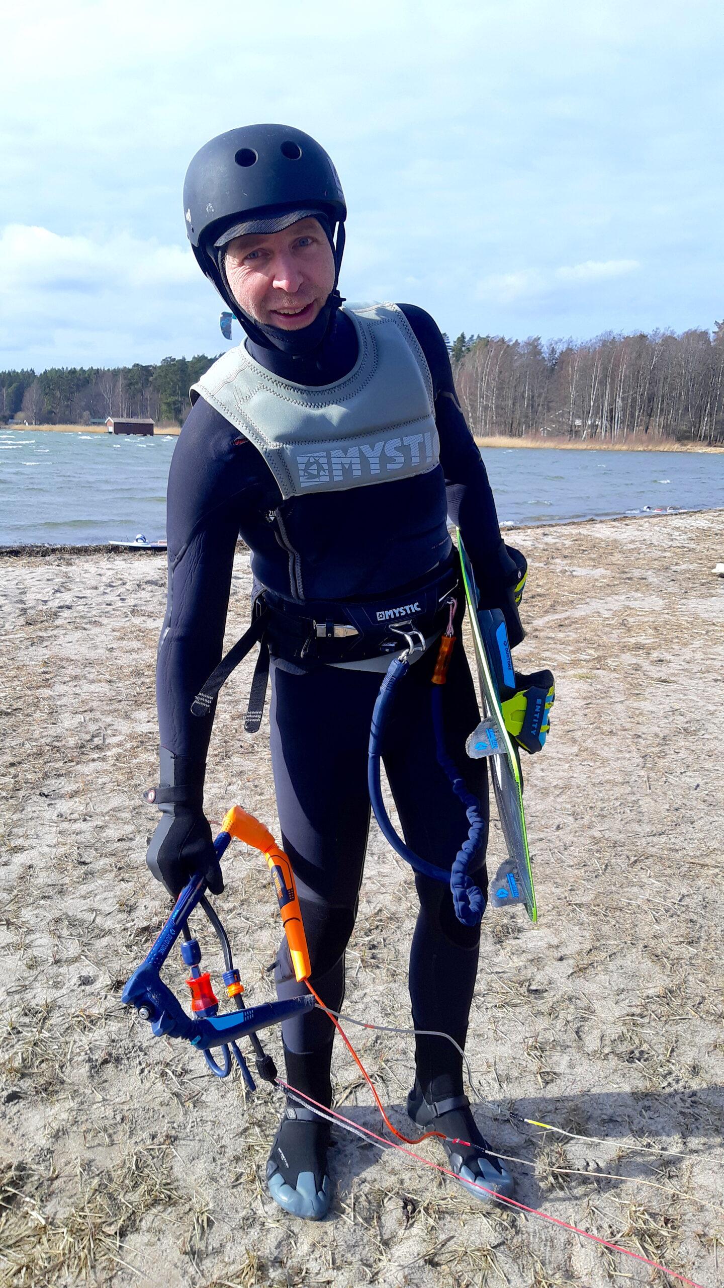 Fullsuit gloves and hoodie